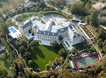 Even the world 39 s most expensive homes become bargains for Most expensive house for sale in the world